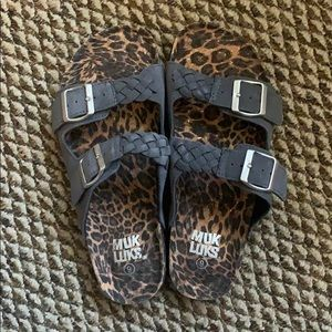 Muk Luks gray and leopard print sandals